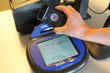 iphone-5-nfc-pay