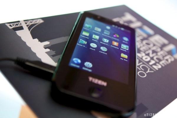 Tizen Phone