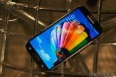 เปรียบเทียบหน้าจอแสดงผล Samsung Galaxy S4 กับจอของ HTC One, LG Nexus4 และ iPhone5