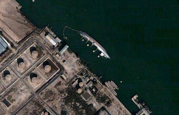 an-overturned-ship-in-basrah-iraq