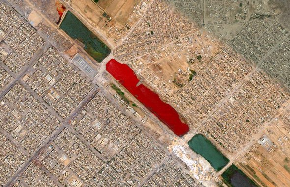 no-one-knows-why-this-iraq-lake-is-blood-red