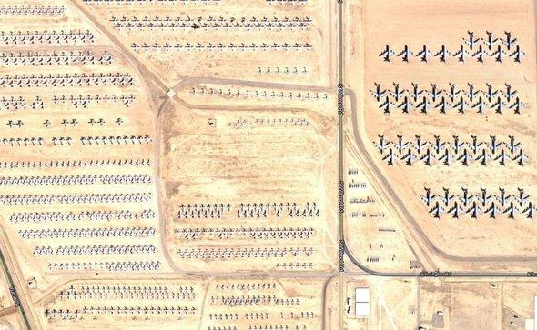 old-planes-retire-to-the-arizona-desert