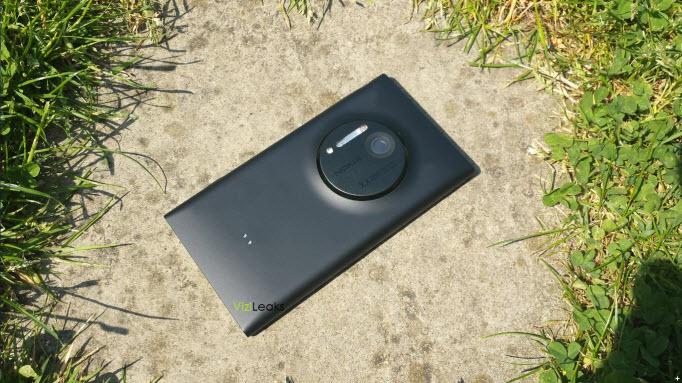 Lumia EOS