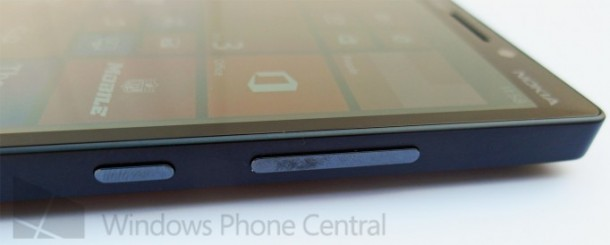 Verizon_Lumia_929_side_cleaned