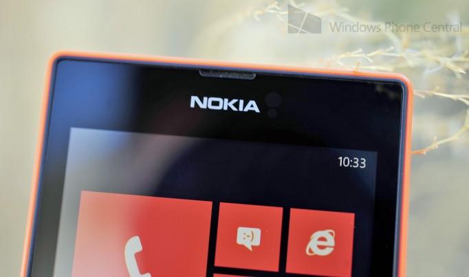 Nokia_Lumia_525_handson_logotop