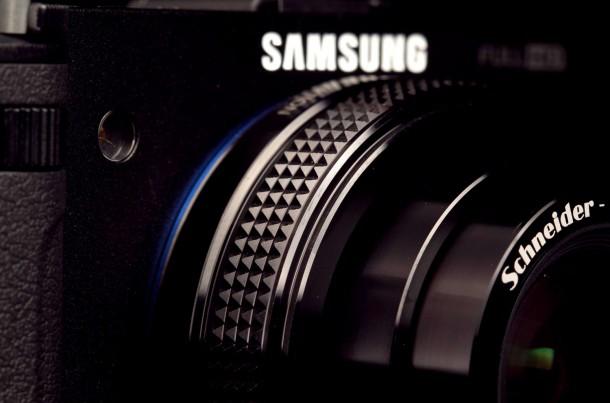 samsung-ex2f-zoom-lens-macro