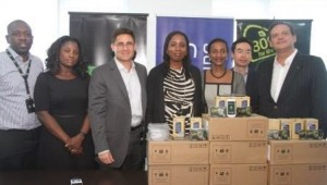 Samsung Donate 3000 Smartphones to fight Ebola