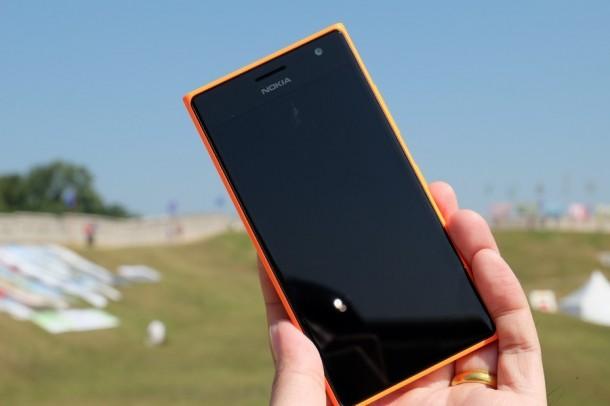 Review Lumia 730_AppDisqus43