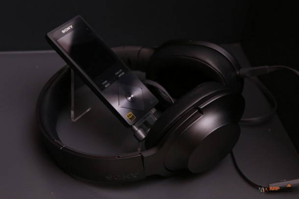 Pic_Sony h.ear_09