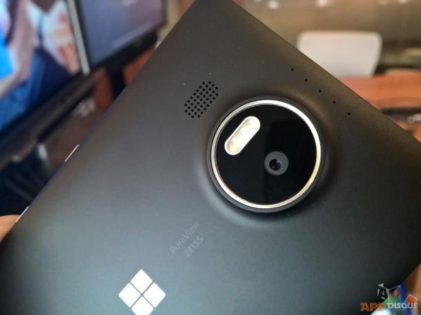 โมดูลกล้องของ Lumia 950 XL
