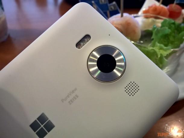 โมดูลกล้องของ Lumia 950