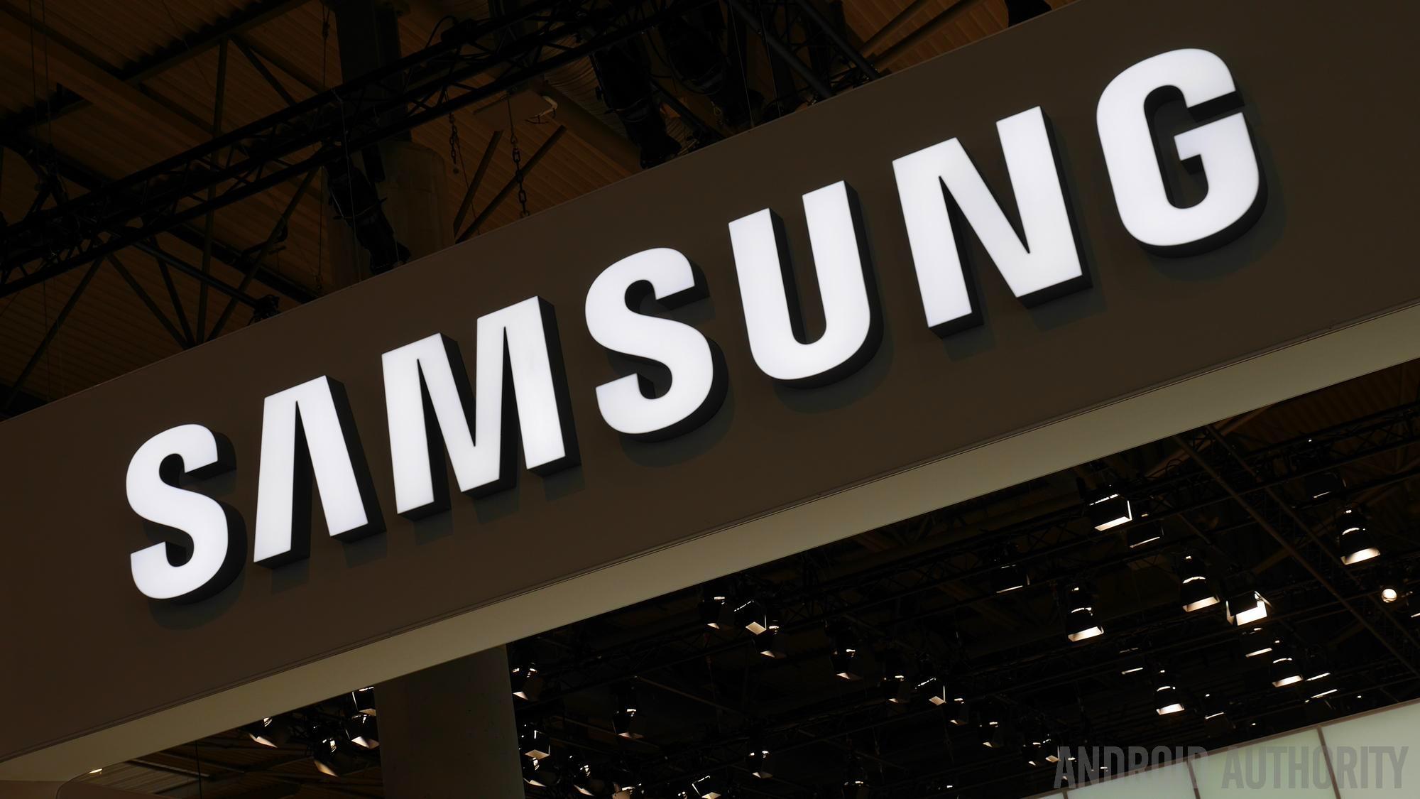 เมื่อ Samsung Brand Shop แบนลูกค้าไม่ขายสินค้าให้ เพราะเคยโพสด่าในโซเชียลออนไลน์ | APPDISQUS