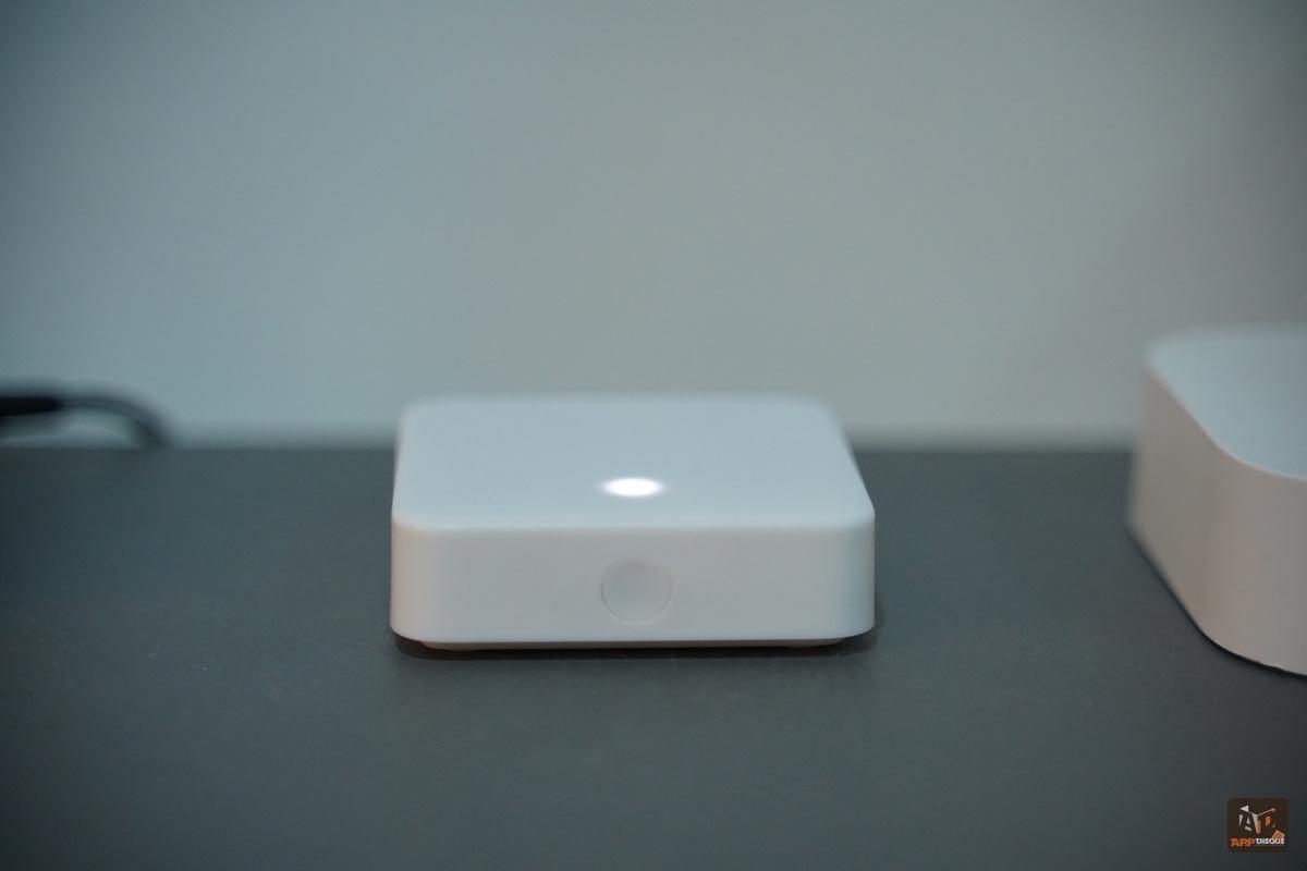 switchbot-hub-mini-pic-1